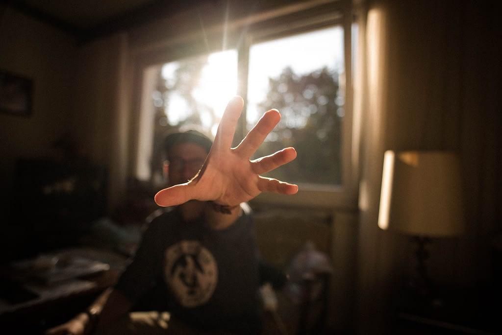 hand, i want something